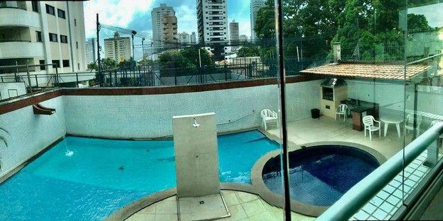Apartamento para aluguel tem 240 metros quadrados com 5 quartos em Batista Campos - Belém - Foto 11