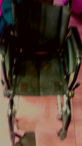 02 Cadeiras de roda