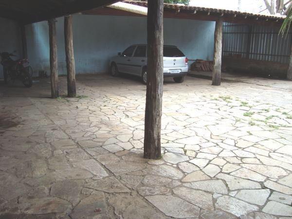 Suíte independente com garagem coberta no Guará I - Foto 3