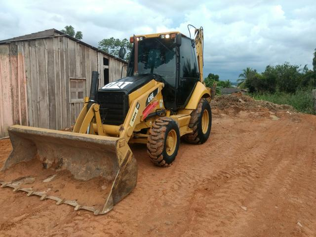 Retroescavadeira cat 416e