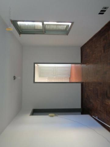 Alugo apartamento bem central