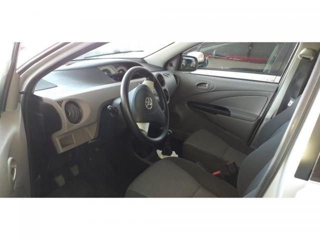 ETIOS XS Sedan 1.5 Flex 16V 4P Mec. - Foto 2