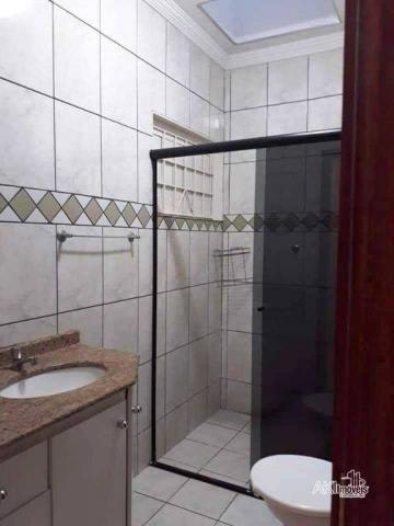 Casa à venda, bem localizada - nova esperança/pr - Foto 4