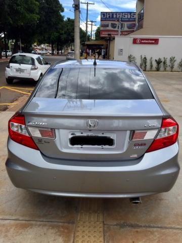 Honda civic 2.0 lxr flex one 13/14 - Foto 3