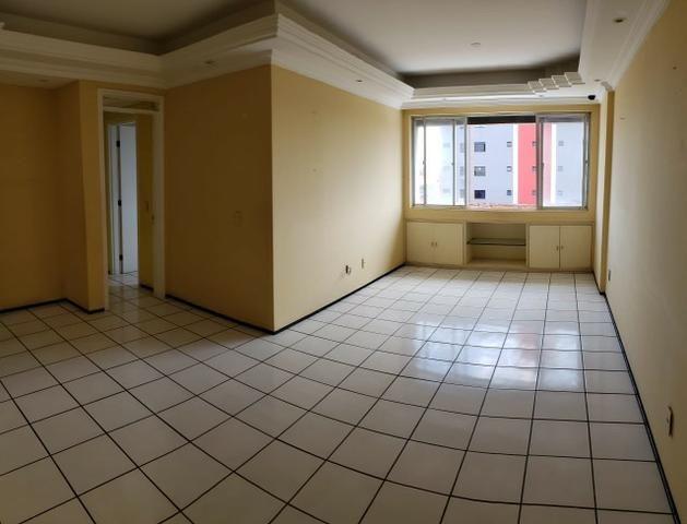 Apartamento na Parquelândia
