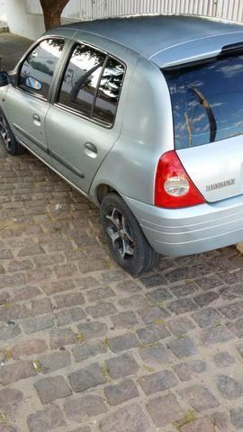 Clio - Foto 4