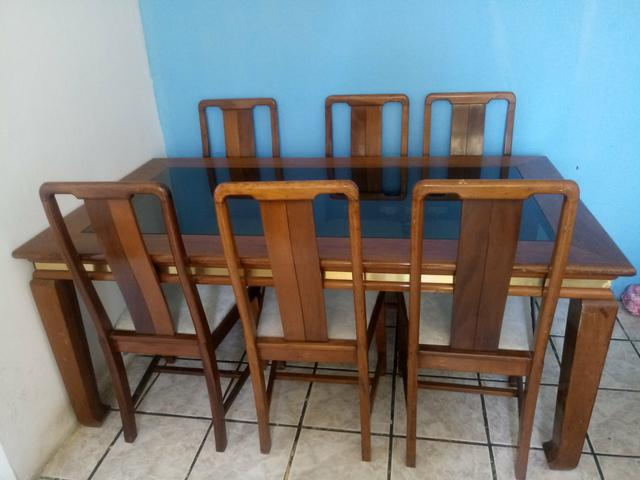VENDO Mesa de madeira 6 cadeiras - Foto 3