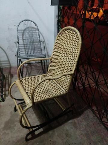 Cadeira de Fibra - Foto 2