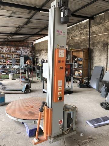 Máquina Embaladora de Mercadorias com base giratória
