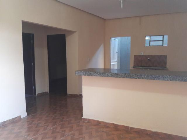 Aluga-se apartamento / Kitnete