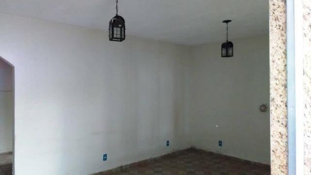 Casa 5 qtos 1 suite 3 banheiros garagem coberta 5 carros - Foto 12