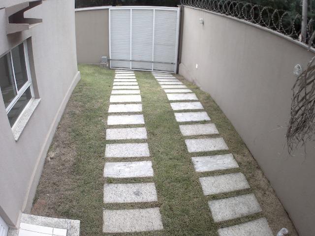APM-09-Apartamento com Excelente Quintal Próximo ao Centro Comercial de Laranjeiras - Foto 4