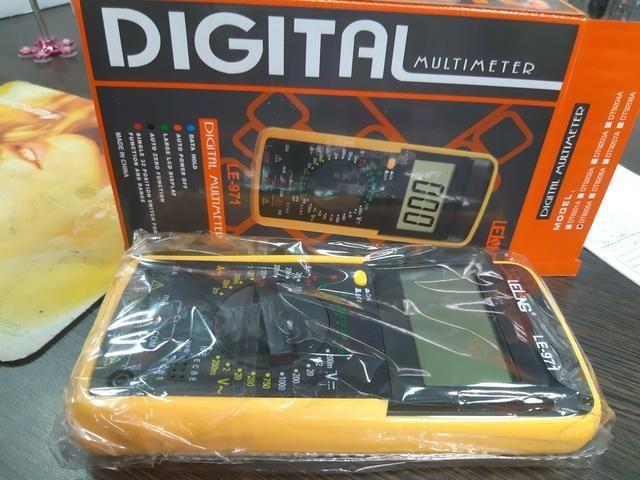 Multimetro Digital De Tela Grande Lelong C/ Suporte E Bateria - Foto 4