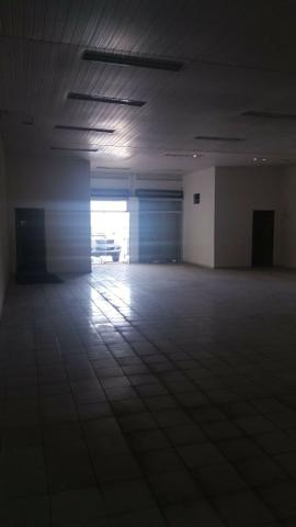 Loja na Avenida do São Francisco com cerca de 2000 m², em frente a Gracom - Foto 4