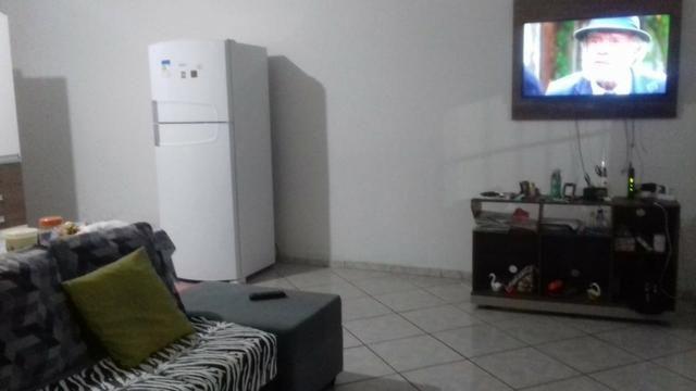 Vendo casa 2/4 sendo 1 suite com dependência completa e quintal e garagem coberta - Foto 8