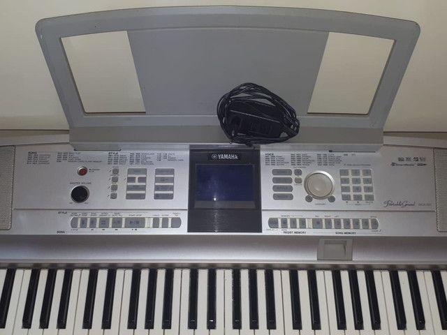 Vendo Piano eletronico yamaha DGX-505 - Foto 2