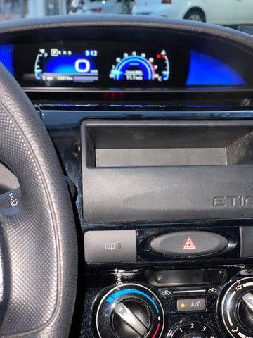 Etios sedan - Foto 12