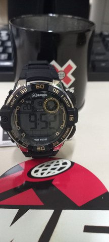 Relógio Xgames preto com dourado - Foto 2