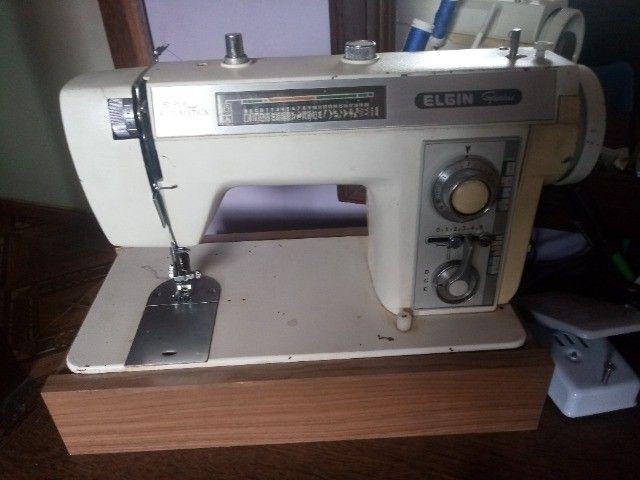Máquina de Costura Engin Genius
