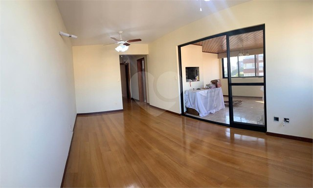 Apartamento à venda com 3 dormitórios em Jardim botânico, Porto alegre cod:REO584767