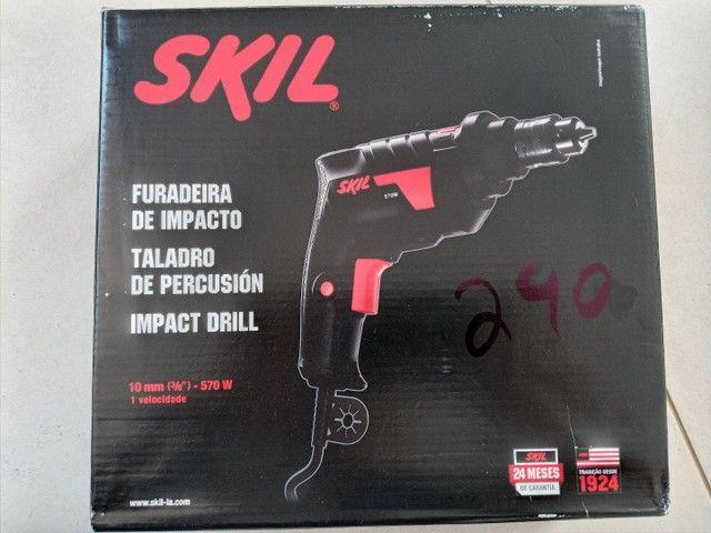 Furadeira de impacto Skil 570w - Foto 2