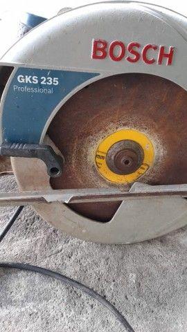 Serra circular Bosch GKS 235