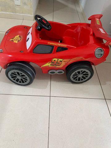 Carro pedal Relâmpago McQueen  - Foto 4