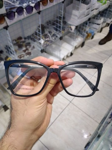 Oculos completo 350,00