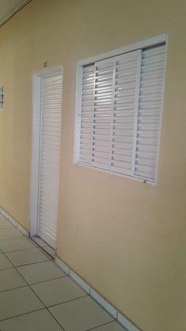 Aluga-se apartamentos e kitnets  - Foto 3