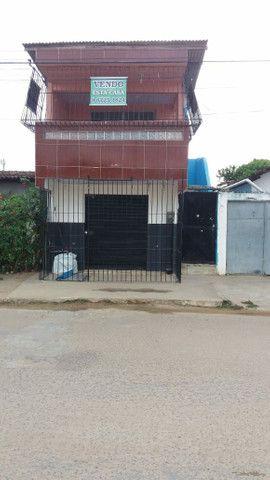 Vendo ou troco casa + ponto comercial - Foto 2