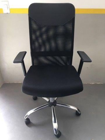 Cadeira Presidente Tela Mesh Preta Reclinável Escritório Giratória Home Office  - Foto 5