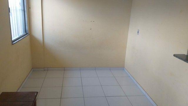 Apartamento de 1/4 no Res.Mururé em frente ao Satélite  - Foto 5