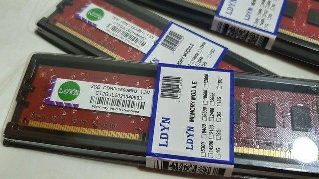 Memórias 2Gb DDR3 1600Mhz LDYN, novas, lacradas e com garantia - Foto 2
