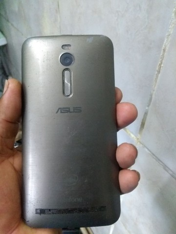 Celular Asus zenfone 5 - Foto 5