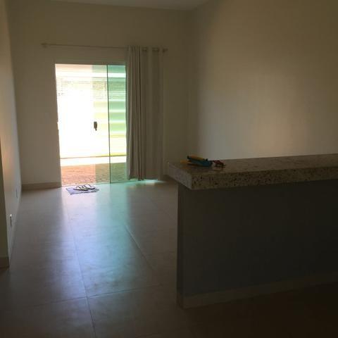 Casa 2/4 com suite na 408 norte