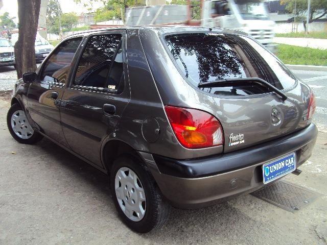 Fiesta Hatch Class 1.0 8v Zetec 2001 4 Ptas - Direção Hidr - Conj. Elétrico - Confira.! - Foto 10
