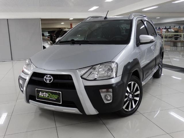 Toyota Etios Cross 1.5 Flex Prata