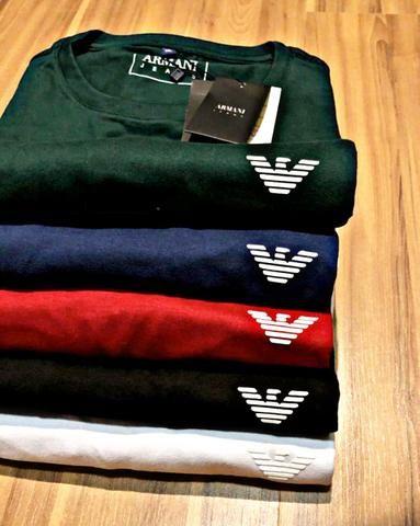 Liquidação de camisetas importadas