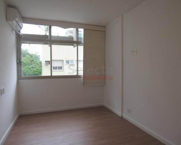 Apartamento de 140 m² na Av. Epitácio Pessoa, frontal, em andar bem alto, com visual panor - Foto 12