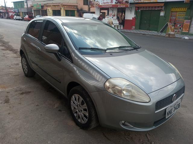 Fiat Punto 1.4 Attractive 2011 Completo
