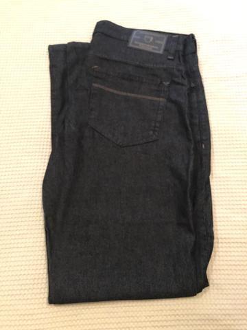 Calça jeans Makenji tamanho 46 - Foto 5
