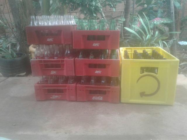 Vasilhames de refrigerante e de cerveja