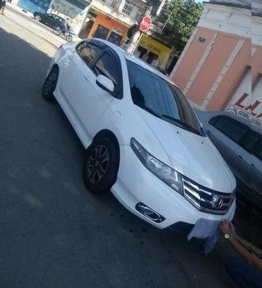 City DX 1.5 Flex - Baixo km - Consigo Financiamento - 2013