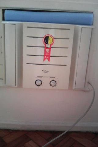Ar Condicionado em excelente estado de conservação