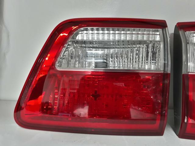 Lanterna Tampa Toyota Hilux Sw4 Srv 2009/2011 Original - Foto 3