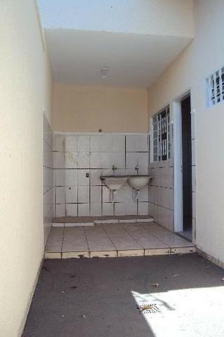 Casa Para Aluguel - 2 Quartos - Setor Sudoeste - Goiânia-Go - Foto 11