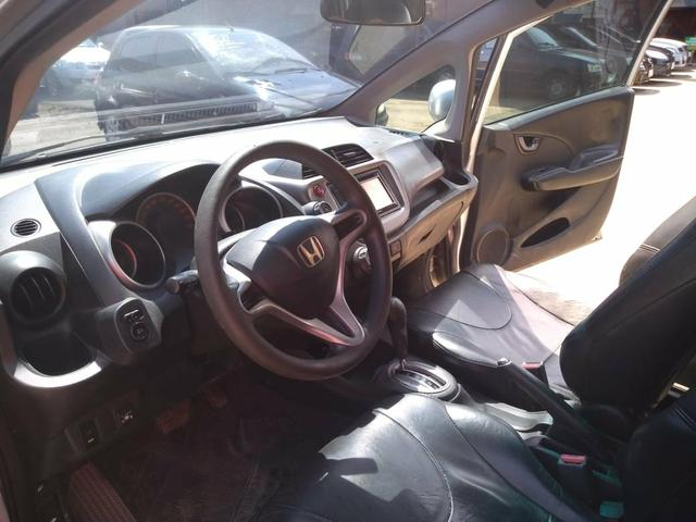 Honda Fit 1.4 LX 2011 Completo + Gnv Ent: R$ 5.000,00 + 48x 750,00 - Foto 3