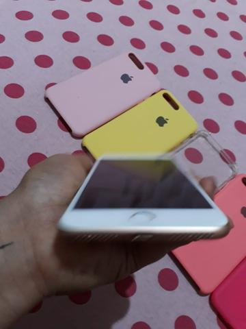 Troco iPhone 8 Plus só venda acompanhar somente carregado! - Foto 2
