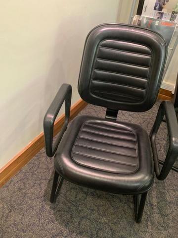 Cadeiras fixas giroflex