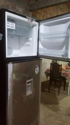 Vendo essa geladeira brastemp frostfree - Foto 6